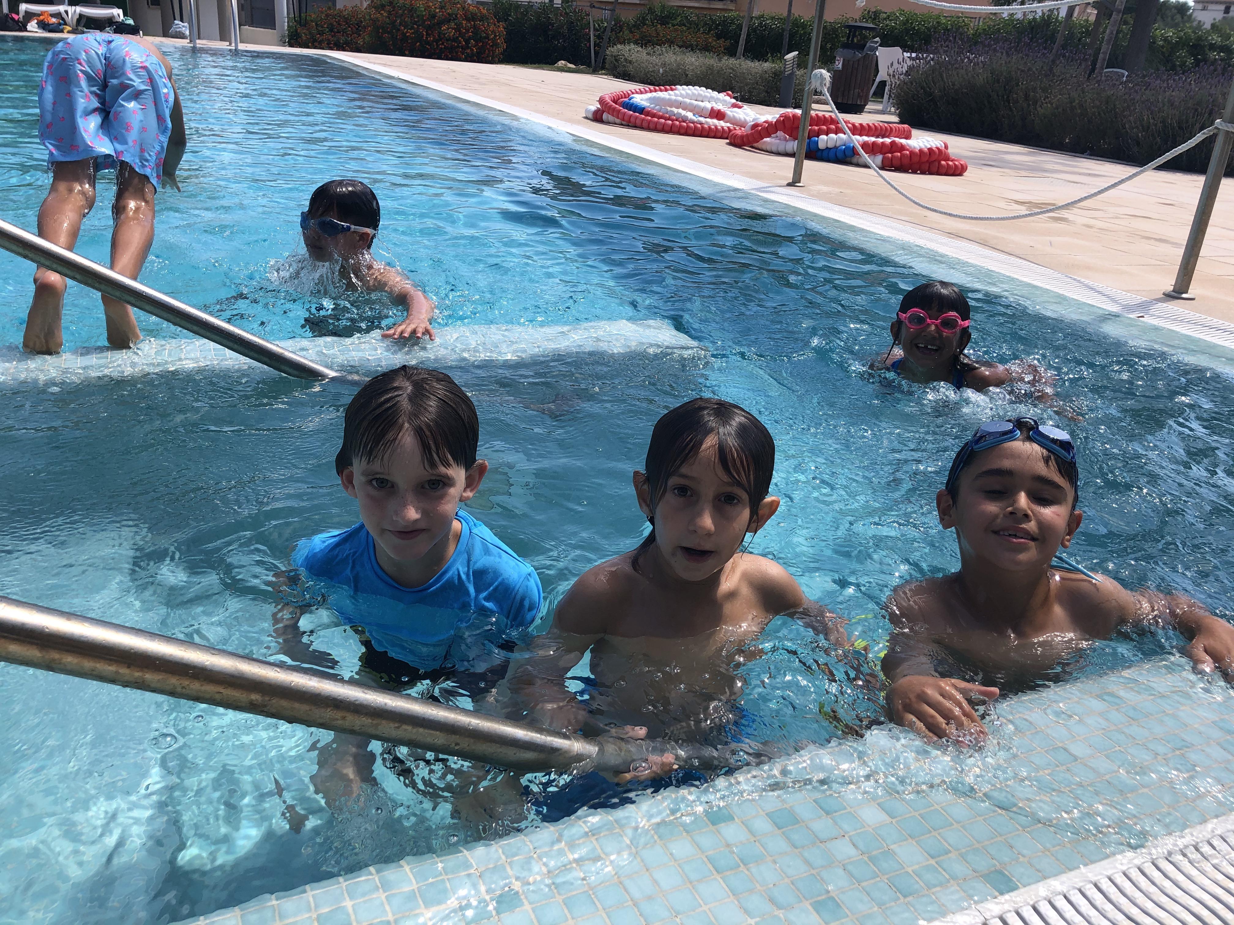 Arrels-inici a la piscina municipal